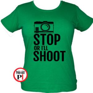 női fotós póló állj vagy lövök zöld